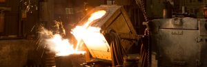 pouring castings in iron foundry